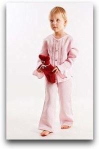 1_elegant_pink_linen_pajamas