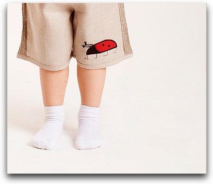 7_Ladybird_Linen_Shorts_Outfit_2